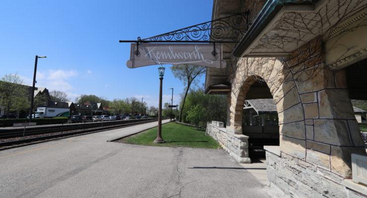 Kenilworth Metra Station image